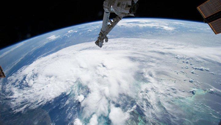 """В Тихом океане сформировался ураган """"Джон"""""""