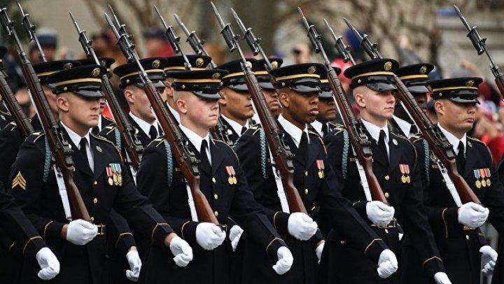 Военный парад в Вашингтоне отложили до 2019 года из-за нехватки денег