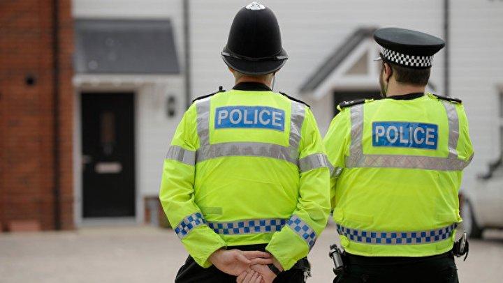 В Лондоне мужчина с молотком напал на двух женщин