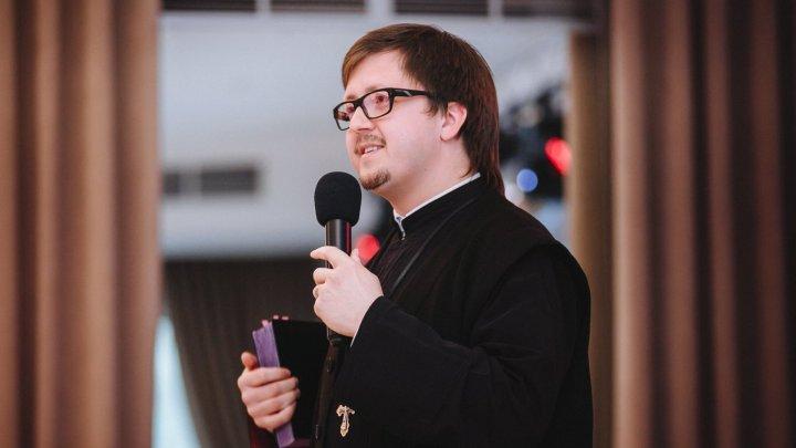 Священник Максим Мелинте отказался от диплома ЛГБТ-сообщества