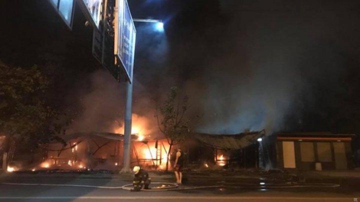 В Одессе сгорели семь магазинов