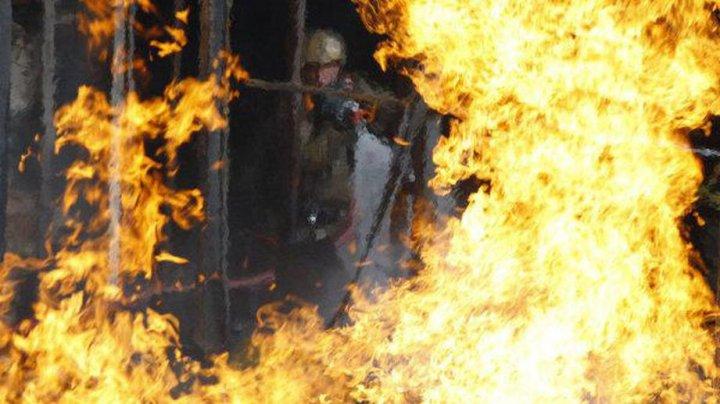 В Челябинской области двухлетняя девочка погибла, спасая отца при пожаре