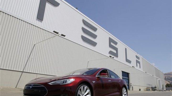 Бывшие сотрудники Tesla массово переходят на работу в Apple