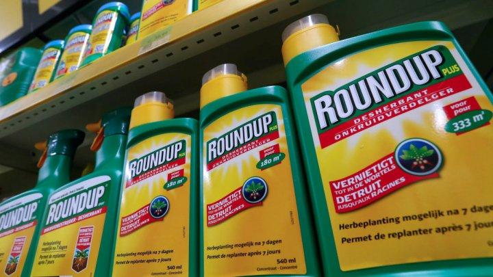 Компанию Monsanto обязали выплатить 290 миллионов долларов садовнику, заболевшему раком