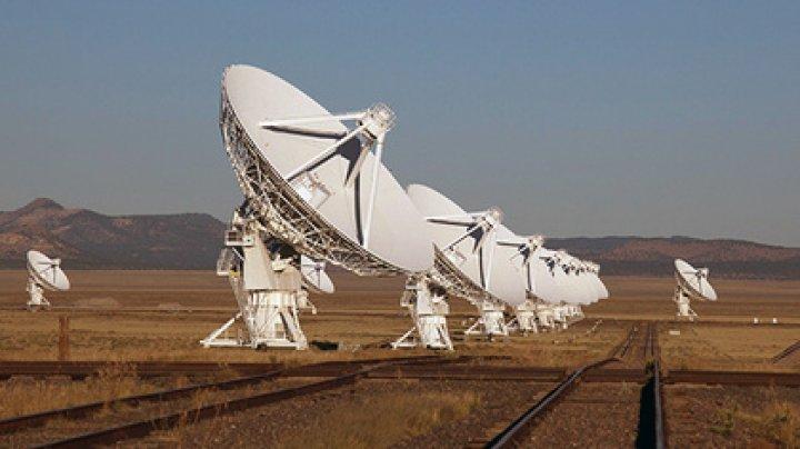 Пойман загадочный ритмичный сигнал из далекой галактики