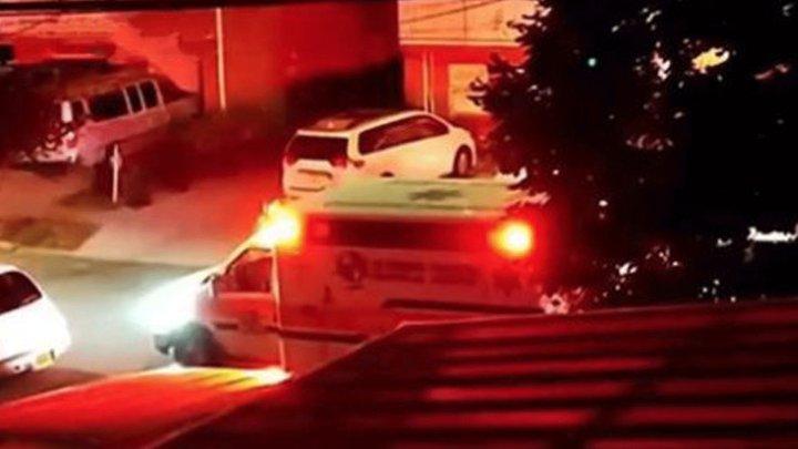 Неизвестный с ножом напал на детский сад в Нью-Йорке, трое малышей ранены
