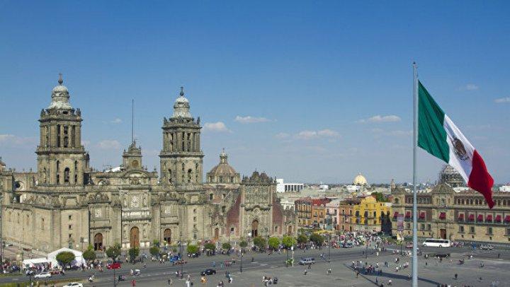 Избранный президент Мексики объявил о банкротстве страны