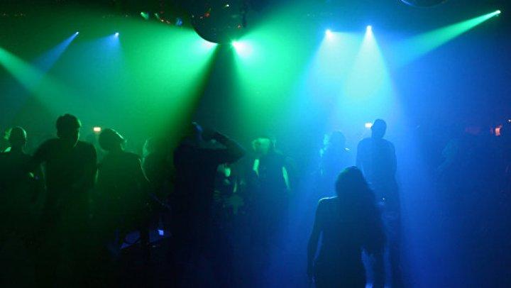 В Тюмени проверят данные о массовом стриптизе первокурсников в ночном клубе