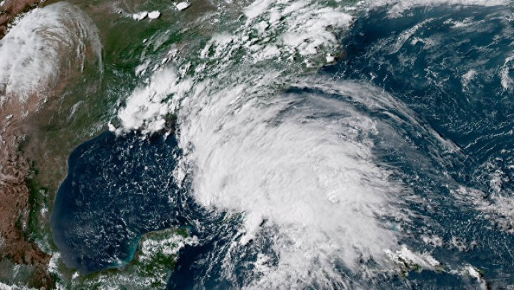 В греческом регионе Аттика все школы закрыли из-за шторма
