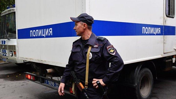 Неизвестные устроили стрельбу из автомата из окна офиса в центре Москвы