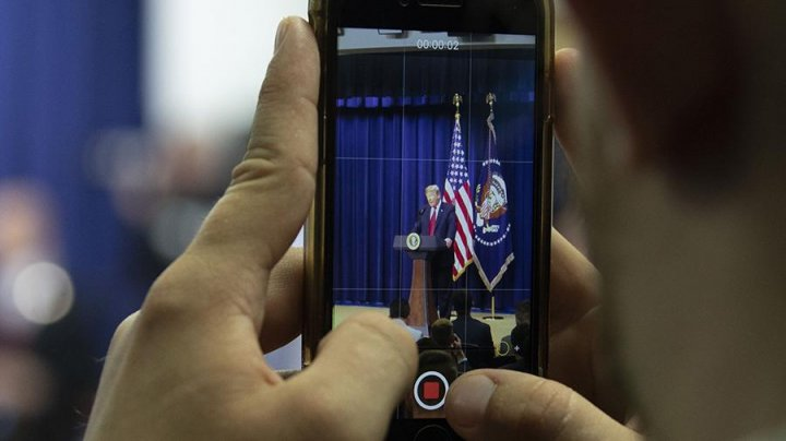 В Белом доме ужесточили правила пользования сотовыми телефонами