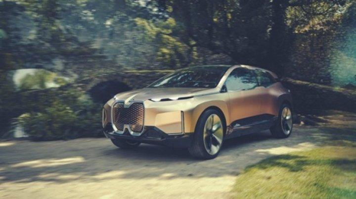 BMW показала концепт беспилотного авто iNEXT