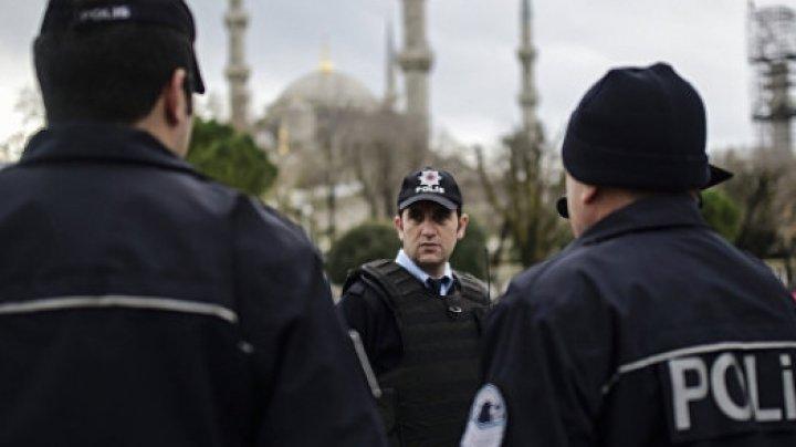 Вооруженный мужчина захватил заложницу в одной из школ Стамбула