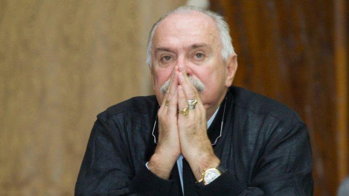 СМИ сообщили о госпитализации Никиты Михалкова