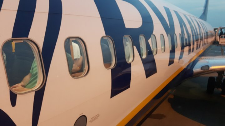 Более 200 рейсов Ryanair отменены в Европе из-за забастовки бортпроводников