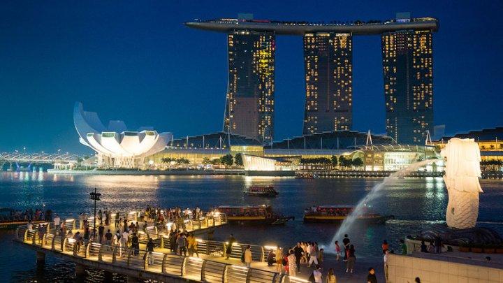 В Сингапуре власти выплатят гражданам полмиллиарда долларов