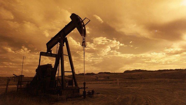 Цена на нефть марки Brent превысила $80 за баррель впервые с 22 мая