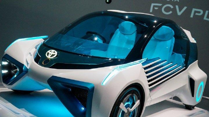 В автомобили Toyota поставят Android