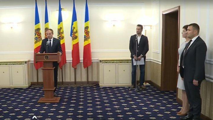 Нужен ли институт президента: Андриан Канду высказался об отказе Игоря Додона назначить новых министров