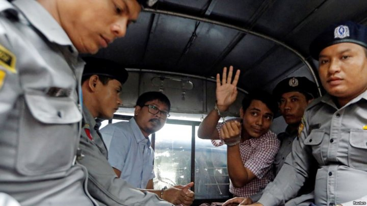 В Мьянме вынесен приговор журналистам Reuters: оба получили по 7 лет тюрьмы