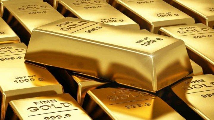 Немец нашел золотой клад в старом шкафу и отдал все властям