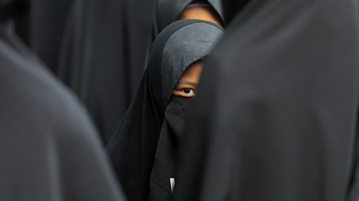 В Малайзии мусульманин взял во вторые жены несовершеннолетнюю девочку