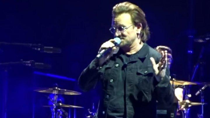 Боно из U2 потерял голос и не смог допеть