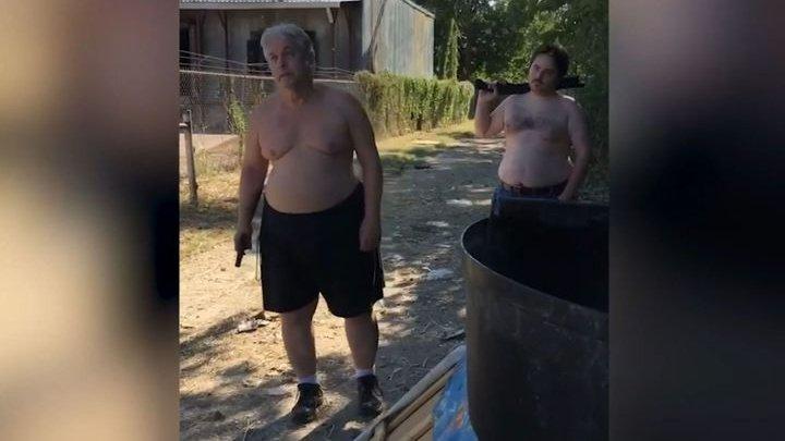 В Техасе отец и сын расстреляли соседа из-за выброшенного матраса
