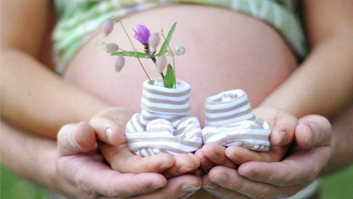Врачи: между родами и новой беременностью должен пройти минимум год