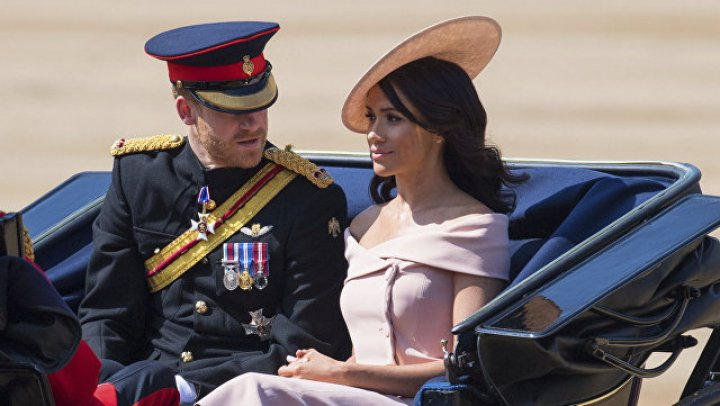 Принц Гарри и Меган Маркл едва не попали в авиакатастрофу