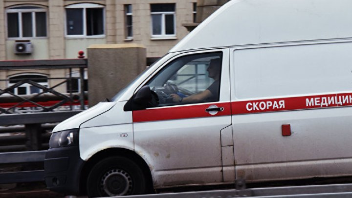 В Новосибирске неадекватный пациент больницы угнал машину скорой помощи