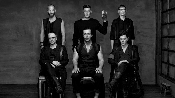 Rammstein перенесла дату выхода нового альбома