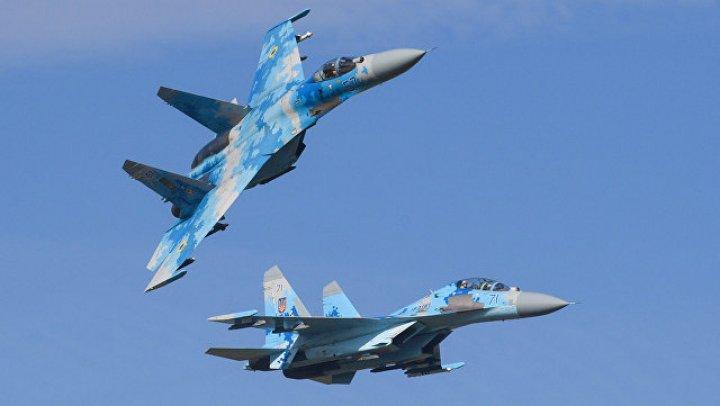 На Украине во время учений разбился истребитель Су-27