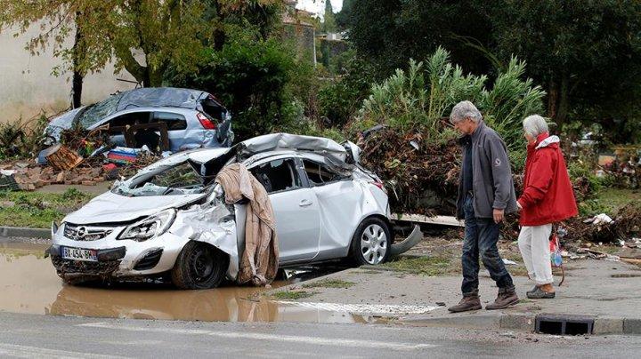 Число жертв наводнения на юге Франции возросло до 14 человек