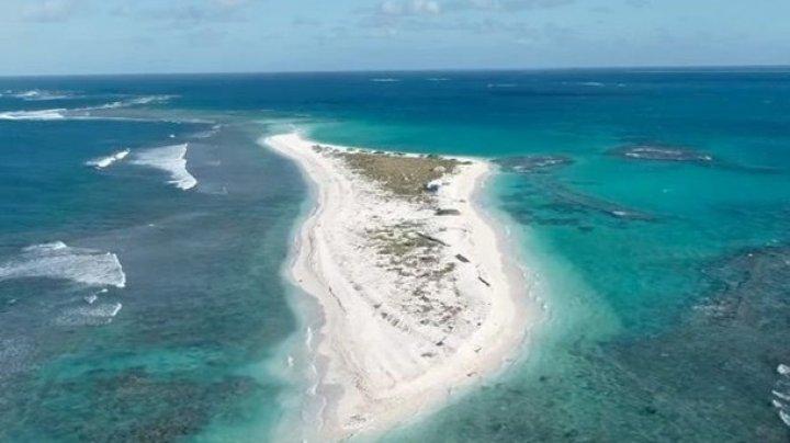 Один из Гавайских островов исчез с лица земли после шторма