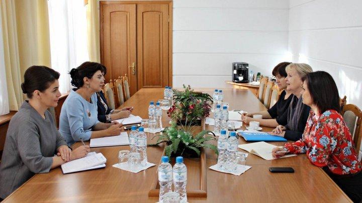 Глава минздрава Сильвия Раду обратилась за помощью в ЮНИСЕФ