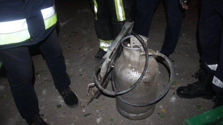 В доме, где произошёл взрыв, обнаружили открытый газовый баллон