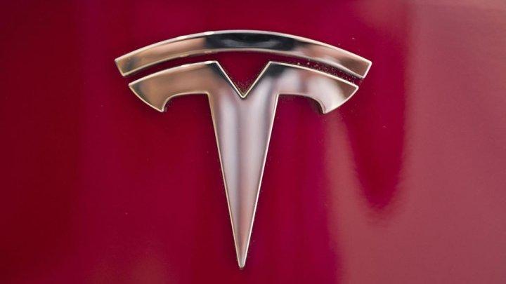 """Tesla может """"умереть"""" через пару недель"""