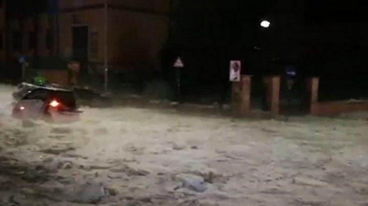 Рим сковало льдом после дождя с градом