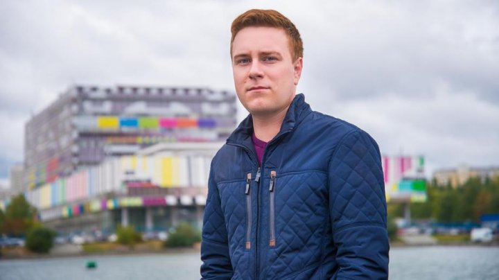Родные журналиста Развозжаева рассказали о шоке от его гибели