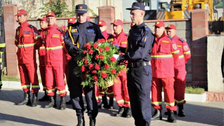 Молдавские спасатели начали соревнования в память о коллегах, погибших при исполнении долга