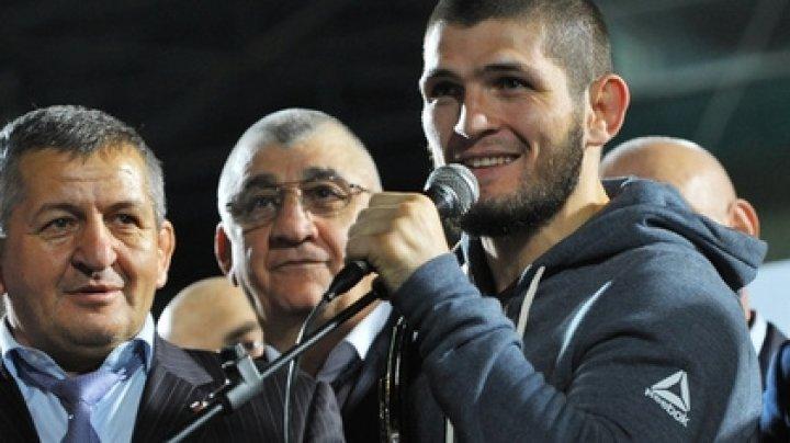 За поставившего ультиматум UFC Нурмагомедова развернулась борьба