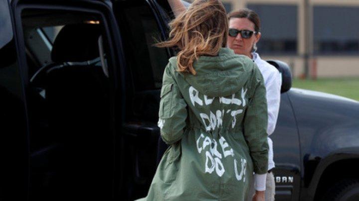 Мелания Трамп раскрыла тайный смысл скандальной надписи на своей куртке