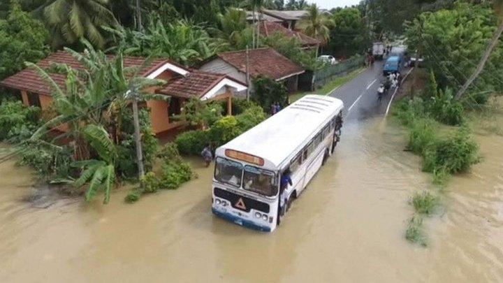 Четыре человека погибли в результате ливней в Шри-Ланке