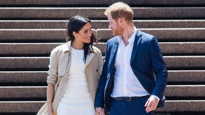 Для беременной супруги принца Гарри наняли бригаду из двух десятков медиков