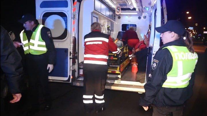 Торопившиеся на вызов полицейские случайно сбили убегавшего грабителя в Киеве