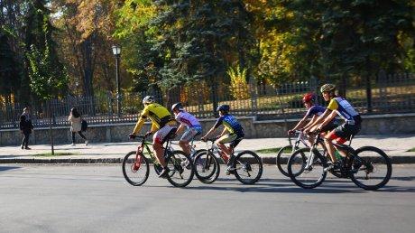 """""""Нужно достойно жить и иметь возможность достойно умереть"""": в Молдове пройдет велосипедный благотворительный заезд"""