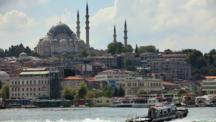 Российский экипаж задержанного в Стамбуле судна объявил голодовку
