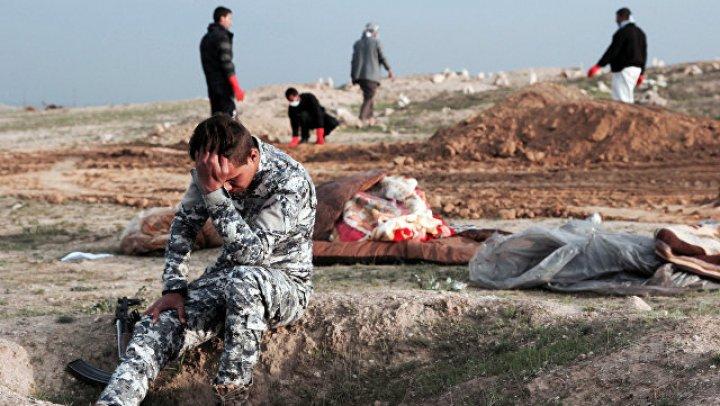 В Ираке нашли более двухсот массовых захоронений жертв ИГ