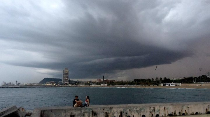 Ливни затопили знаменитые испанские курорты